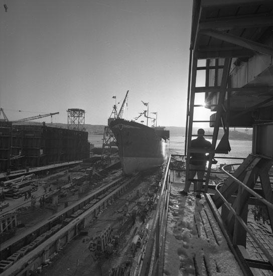 Dop och sjösättning av fartyg 175 M/S Suncorona