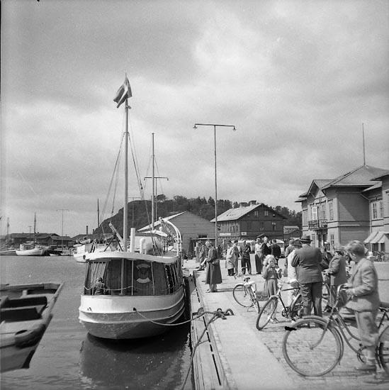 """Enligt notering: """"Sommartrafiken Byfjorden 14/5 1947""""."""