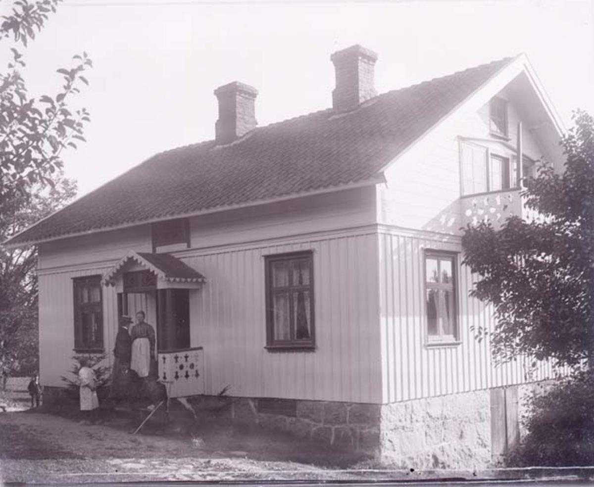 """Enligt text som medföljde bilden: """"Flatön 1908"""". ::"""