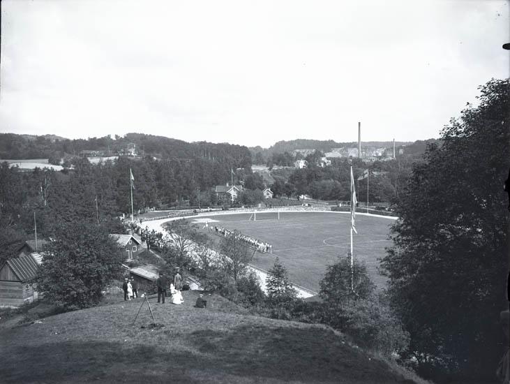 """Idrottsplan omkring 1920 i Munkedal."""