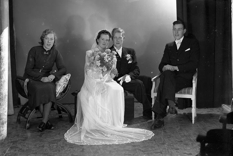 """Enligt fotografens journal nr 6 1930-1943: """"Rutgersson, John Brog Kållekärr""""."""