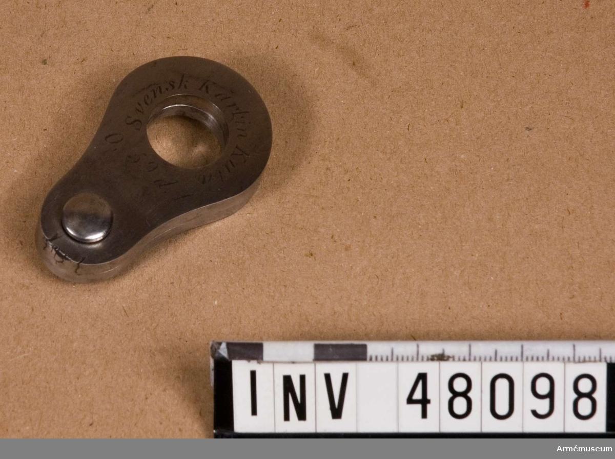 Samhörande nr är 48095-9, etui, 2 st tolkar, 2 st schampluner. Grupp E VIII.  Till gevär m/1811 och följande modeller med karbinkaliber.