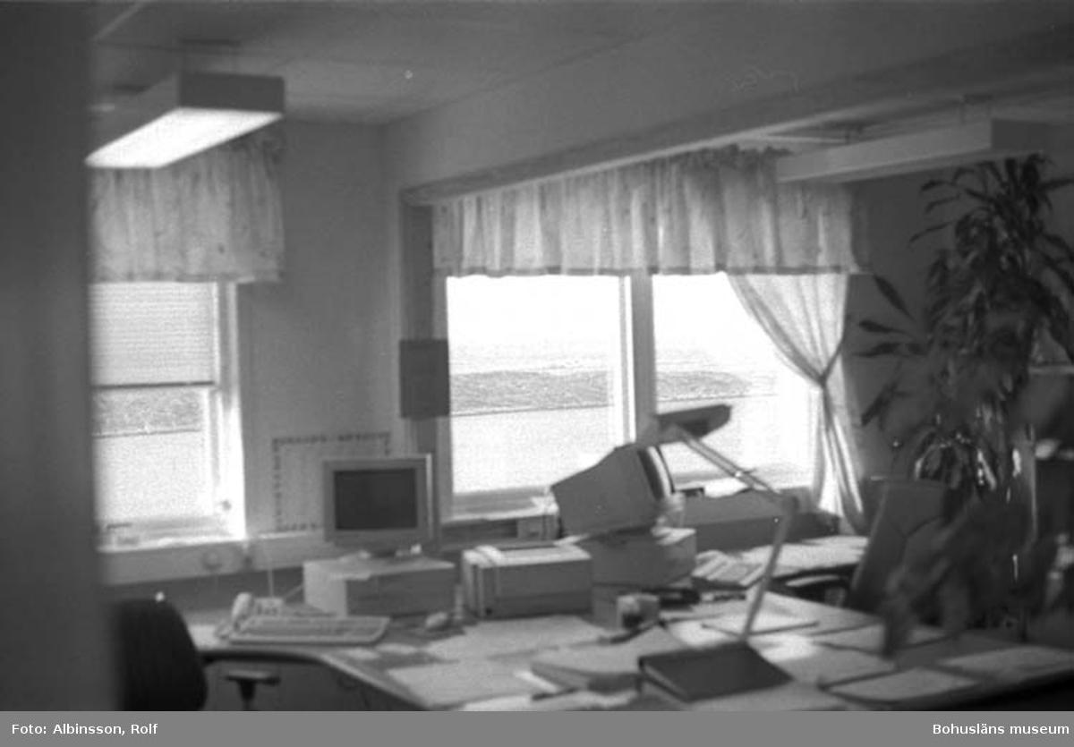 """Enligt fotografens noteringar: """"Uppifrån kontoret på Abba, västan på ligger Skagerack.""""  Fototid: 1996-03-14.  1996-03-15"""