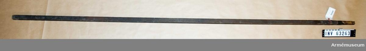"""Grupp F II. Käpp till 6 cm (2"""") krigsraket. För Svenska Raketkåren 1833-45."""