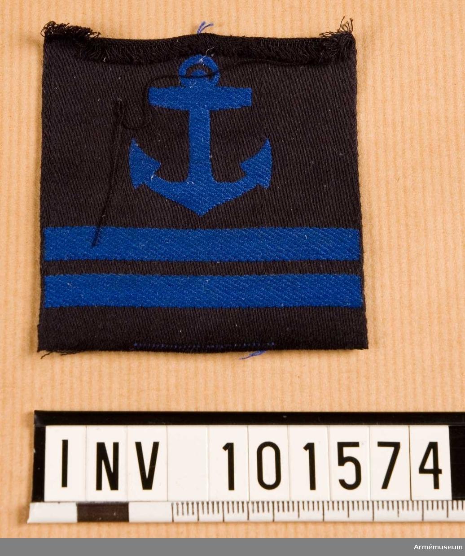 Gradbeteckning: däck, värnpliktig, korpral, marinen.