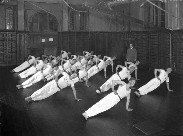 Linggymnastik i Uddevalla Gymnstikförening 1929