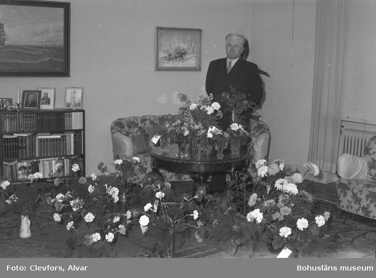 """Text till bilden: """"Henry Christensson, Kungsgatan 14. 50 år 17/9. 1951.09.18""""             i"""