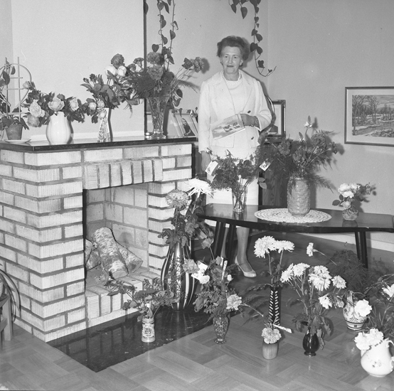 "Text till bilden: ""Ketty Berntsson, Stenhuggaregatan 15. 1958.10"""