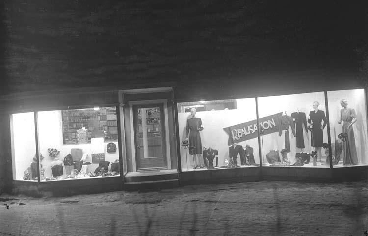 """Thörnblads affär. 1218. 108."" ::"