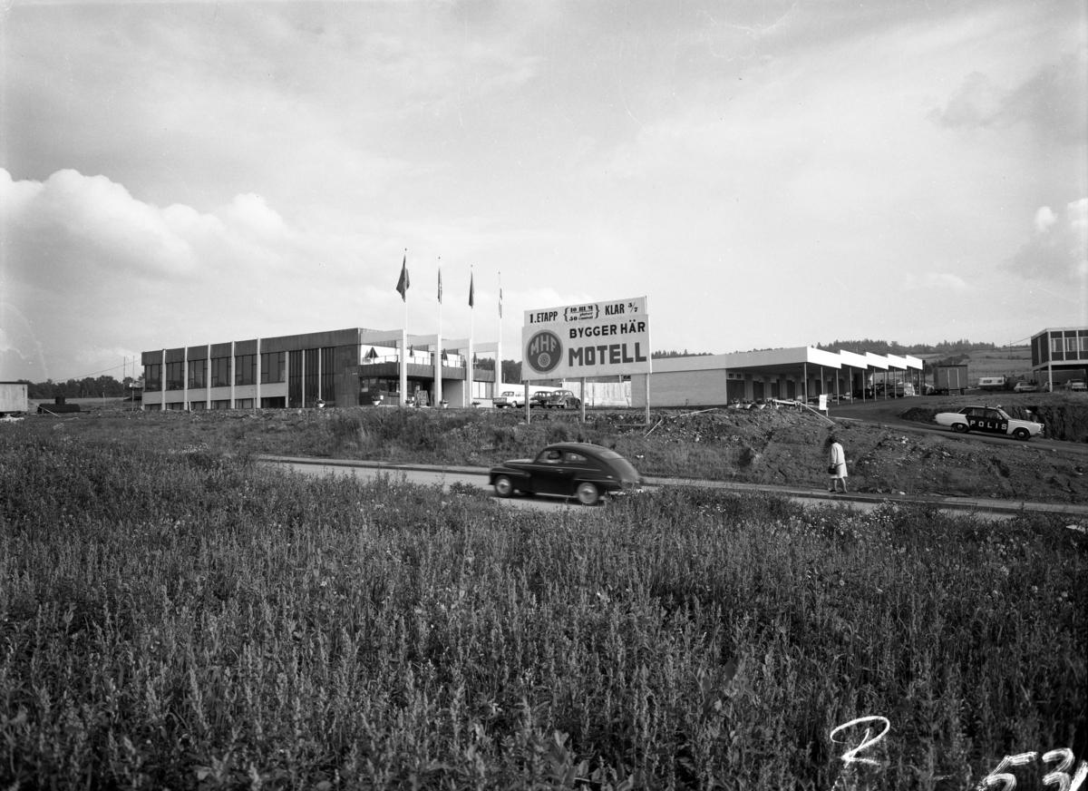 Den 28 maj 1968 öppnade MHF (Motorförarnas Helnykterhetsförbund) ett motell vid nuvarande Birkagatan mellan Huskvarna och Jönköping. Intill huvudbyggnaden, som innehöll reception,  restaurang och hotellrum, fanns låga övernattningslägenheter med carport för bilen. Dessa hade byggts av bilföretagaren Mats Hultgren och kom att ingå i motellet. Idag är det ombyggt till studentbostäder.