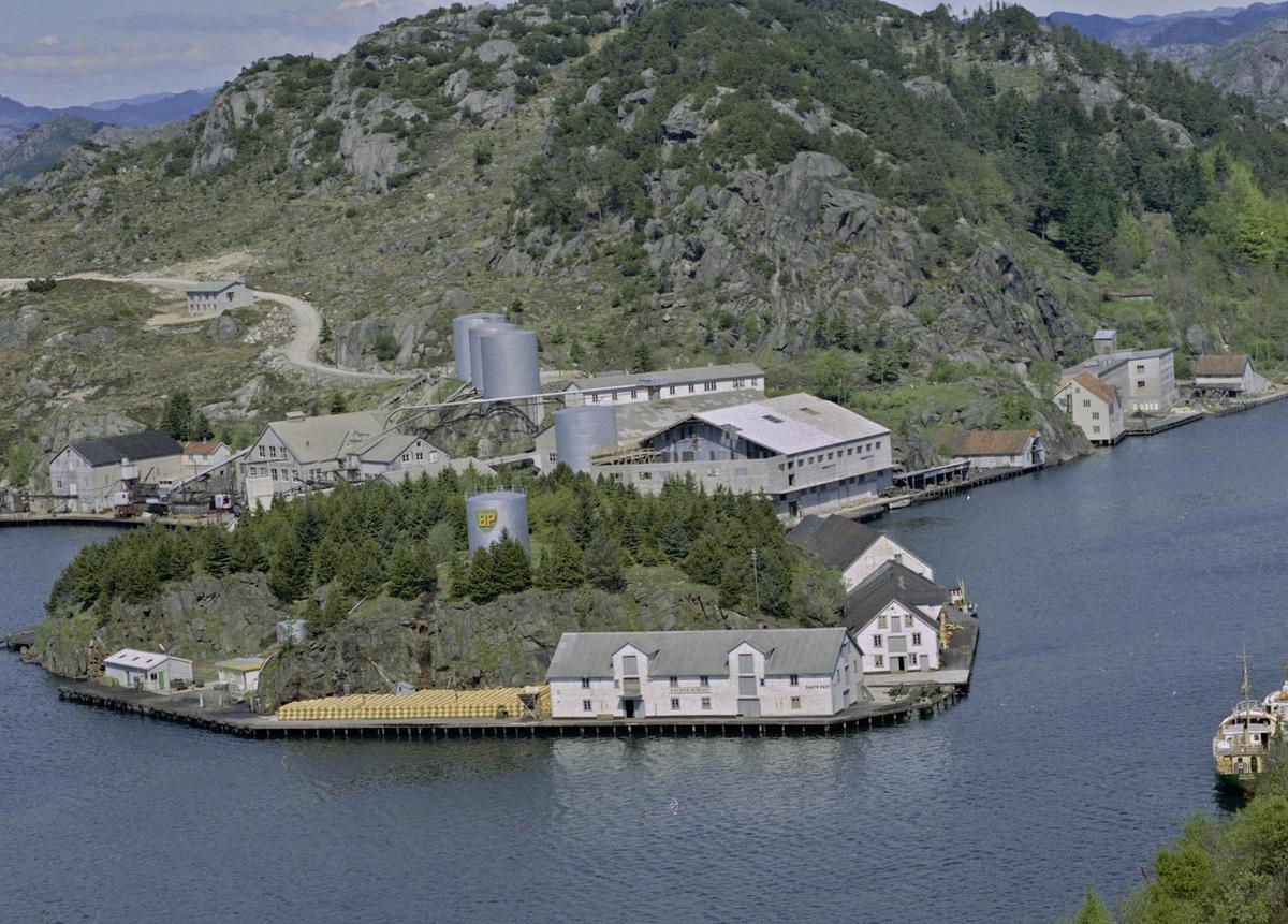 Lindøya, Egersund sildoljefabrikk