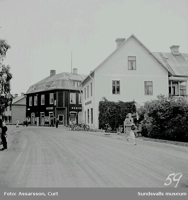 Gata i Ånges affärscentrum.