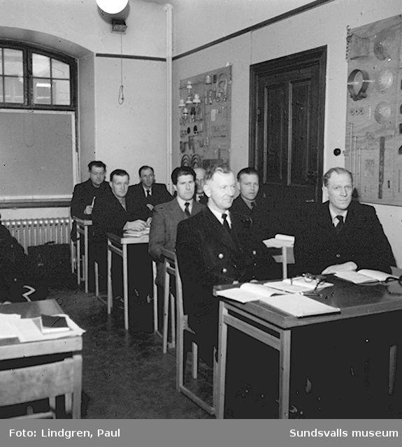 Kurs för Linjemän hos telegrafen.