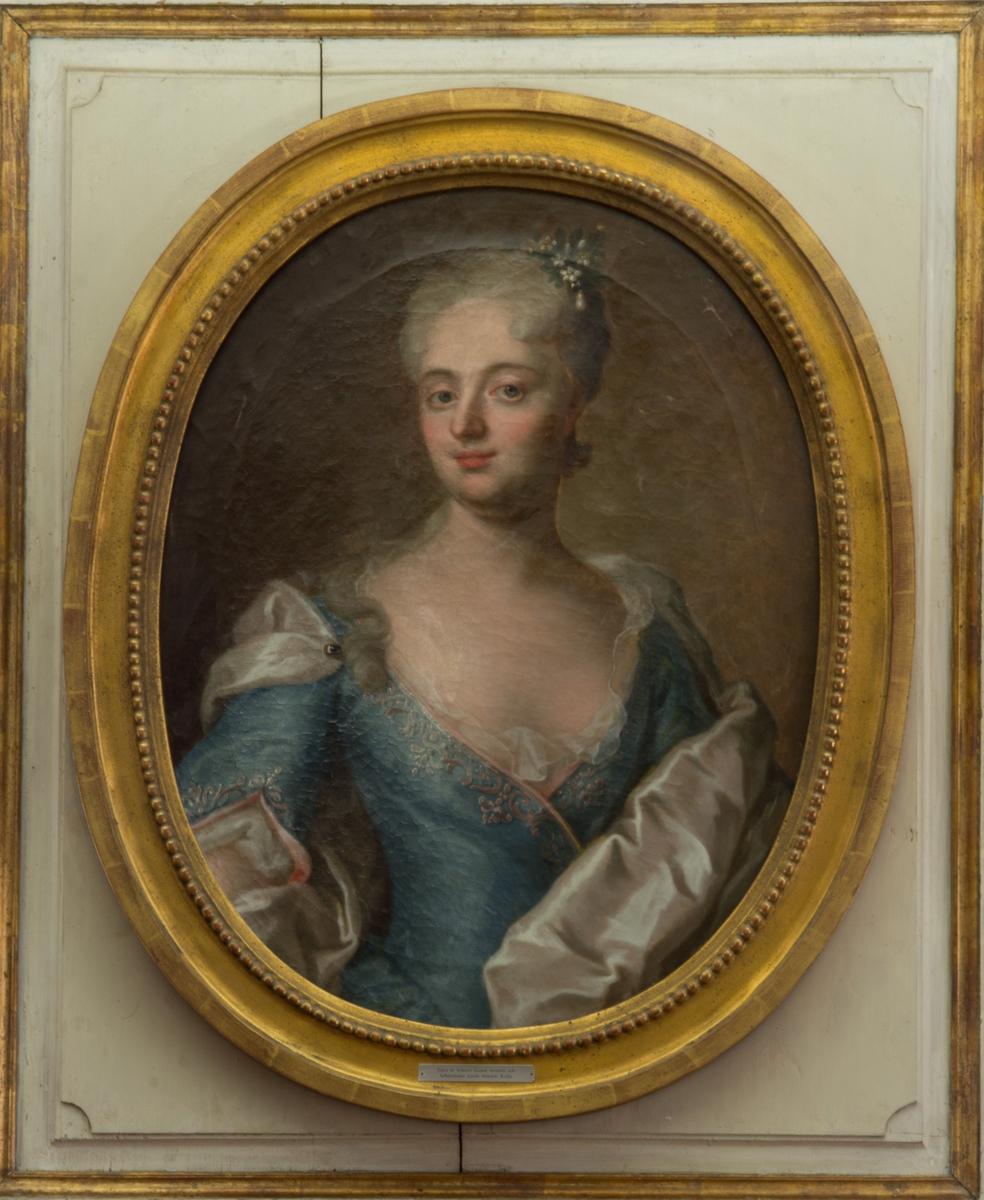 Porträtt i olja på ovala duk föreställande Ebba Magdalena Wennerstedt (född Hierta).