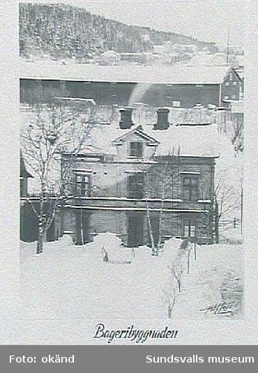 """""""Bageribyggnaden"""". Inramade fotografier som hängt på pensionärdhemmet Holmgården, Holmgatan 1, kv Väständan. Beställda av Fattigvårdsstyrelsen."""