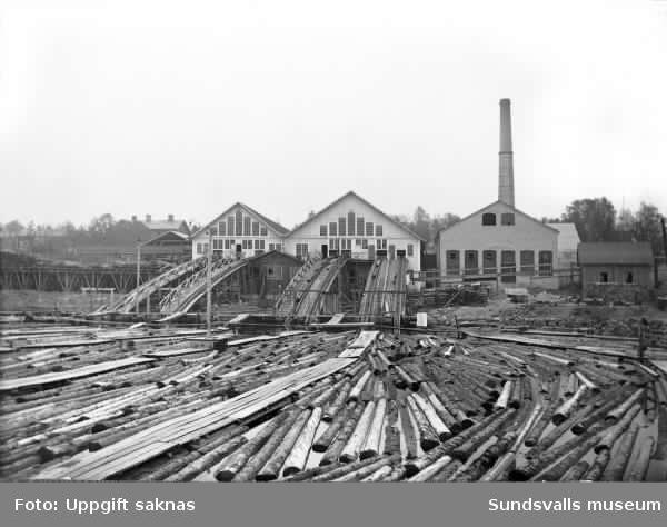 Östra sågen på Heffners. Sågverket brann ner 1926.