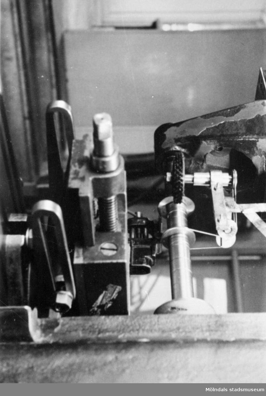 Maskindetaljstudie från Viktor Samuelssons strumpfabrik, 1940-1960.