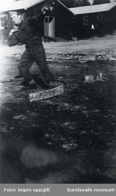 """""""Medisisk student og kulestöter (amatör). Han var vår sjersant.""""  (Magnus Hovd, Mosby, augusti 1988)"""