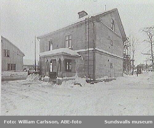 Stä 100 och 101. Här låg Petterssons och Nilssons svagdricksbryggeri, vars verksamhet upphörde på 1930 ca.