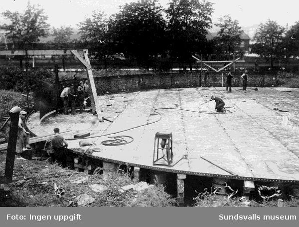 Anläggning av gasklockan, som blev färdig 1935.