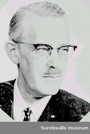 Olof B. Modin, verkställande direktör i skeppsmäklarfirman Swedberg & Kronberg AB, Sundsvall AB, 1966 - 1968. Sistnämnda år övertogs Swedberg & Kronberg av speditionsfirman Wilson & Co. i Göteborg, vilka tillsatte en ny chef. Modin anställdes i firman år 1934.