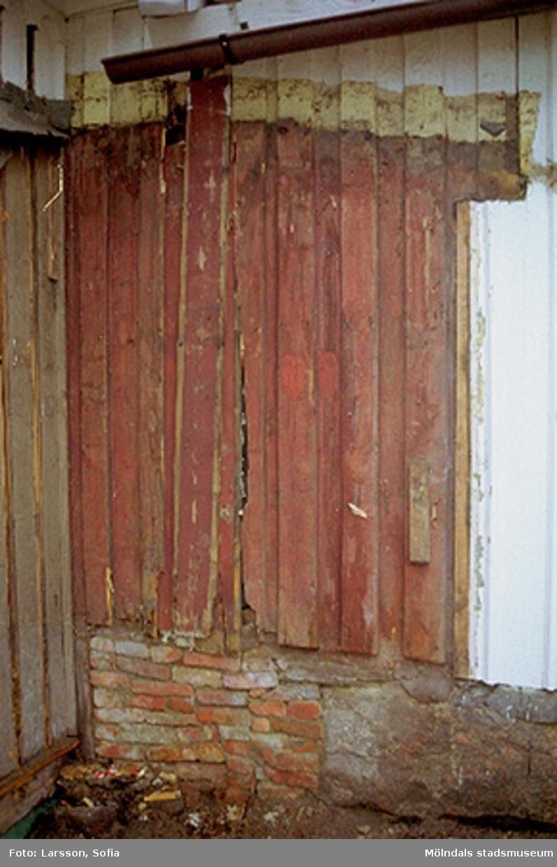 En fasad tillhörande Rosendal 12 på Stockliden 7, 2002-03-15.