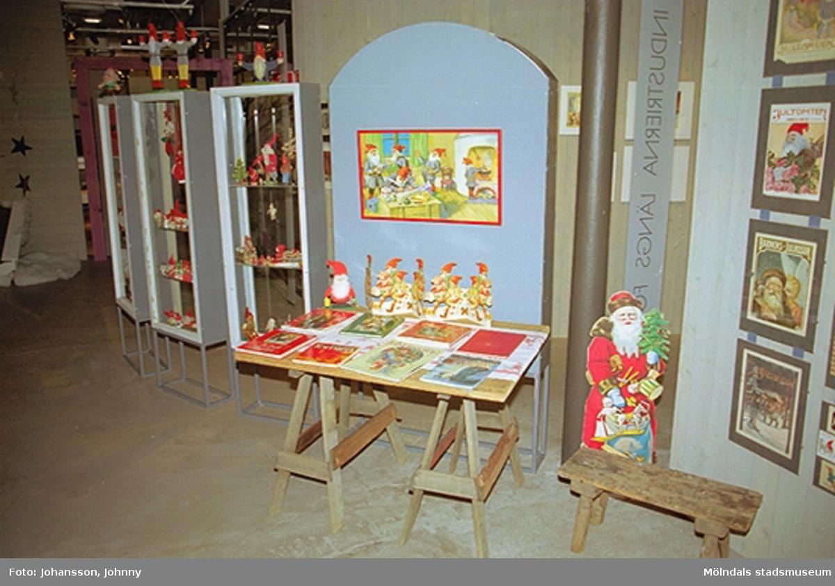 Från utställningen på Mölndals museum 2002-12-15.