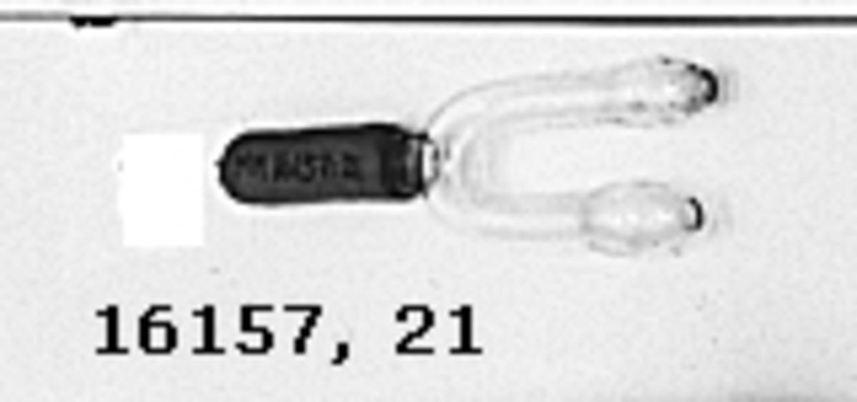 Instrumentstav glasrör med metallskoning. U-formad topp med gummislang påträtt skaft.