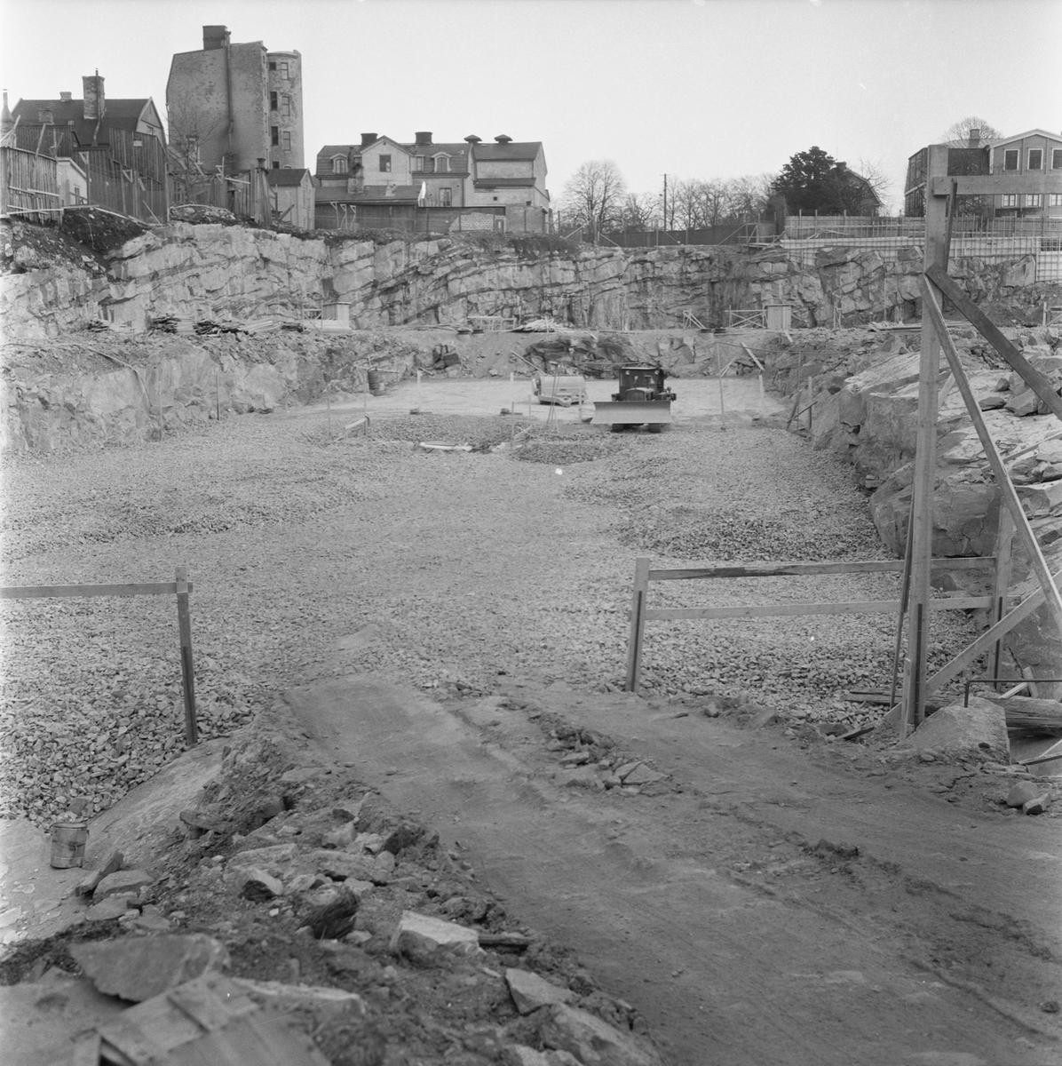 Övrigt: Fotodatum:15/2 1962. Byggnader och Kranar. Nybyggnations område. Kraftcentralen och Plåtverkstan