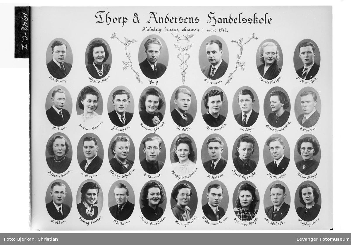 Thorp & Andersens Handelsskole, 1942