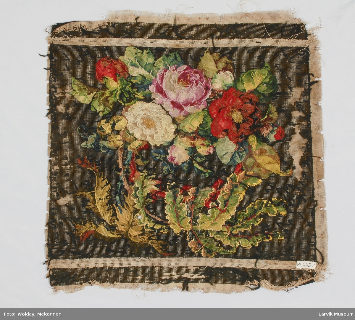 Naturalistiske roser og blader