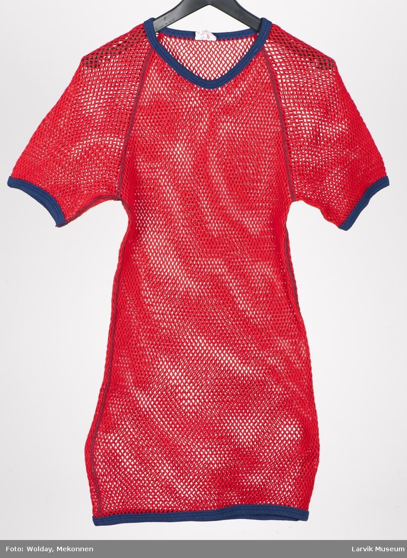 Helsetrøye/T-shirt kortermet, herre str. middels/medium, rund hals