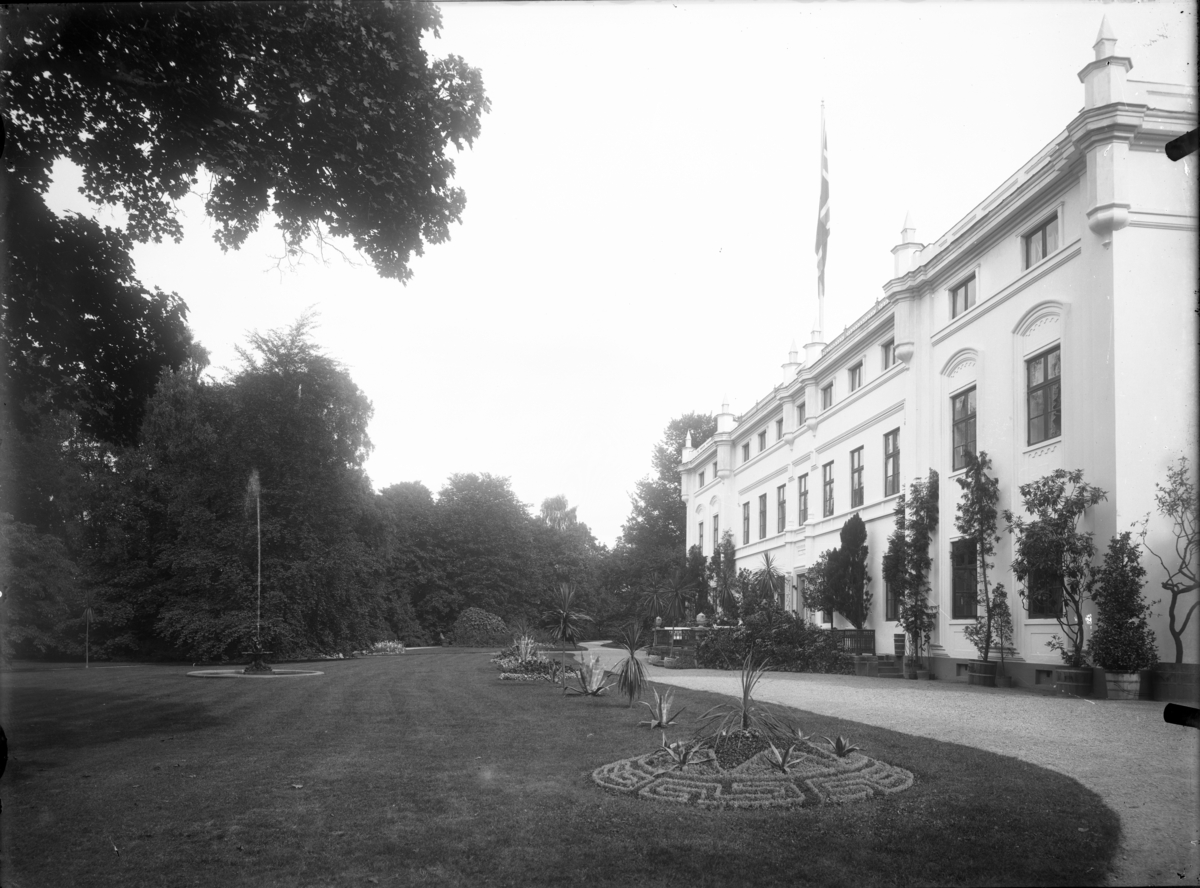 Cappelen- Ulefoss, Holden hovedgård.