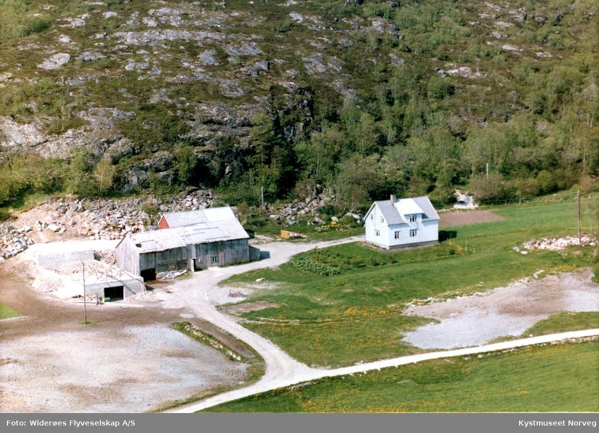 Vikna kommune, Evenstad