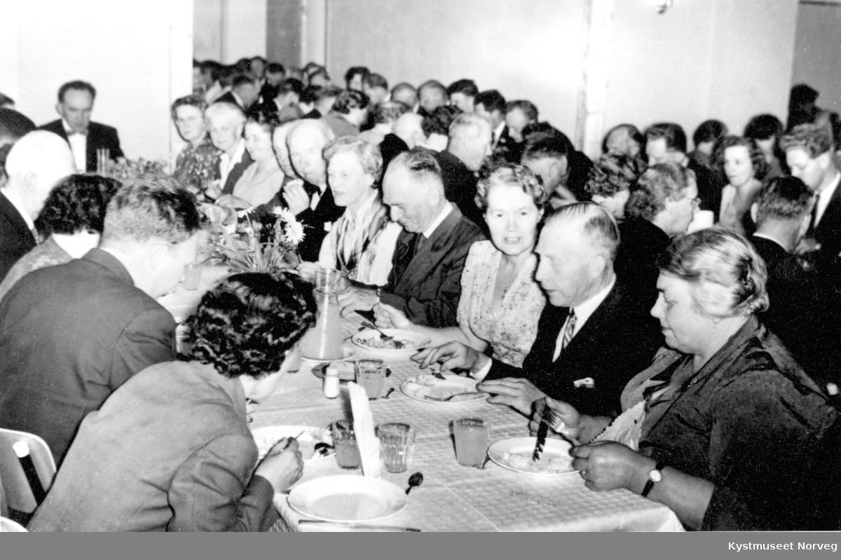Innvielse av Kolvereid Sammfunnshus i 1959