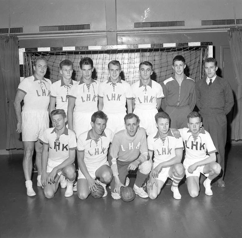 "Enligt notering: ""Handboll G F K U H K dec 1960""."