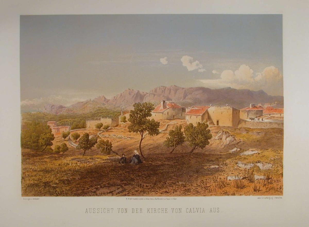 Liten landsby med fjell i bakgrunnen