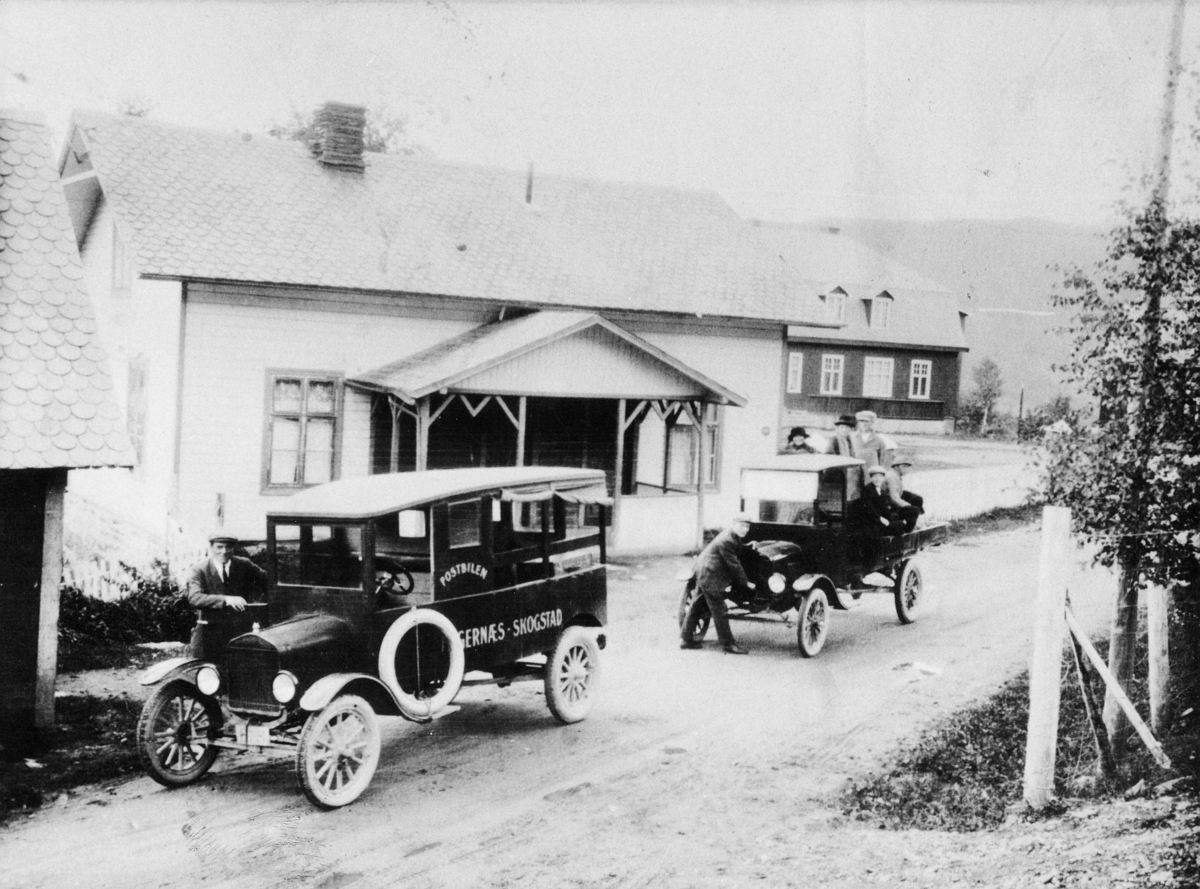 Transport, bil en Ford TT, Skogstad-Fagernes, pedalford, menn