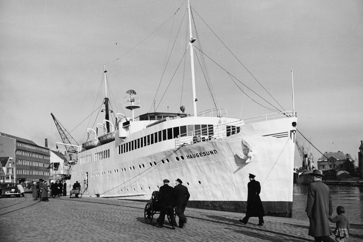 transport båt, eksteriør, M/S Haugesund, ved kai
