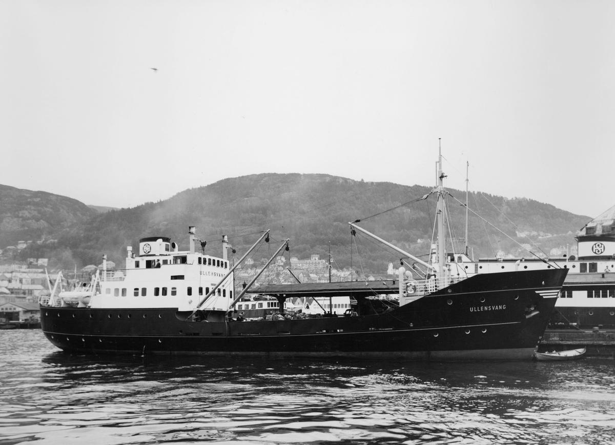 transport båt, eksteriør, M/S Ullensvang, ved kai