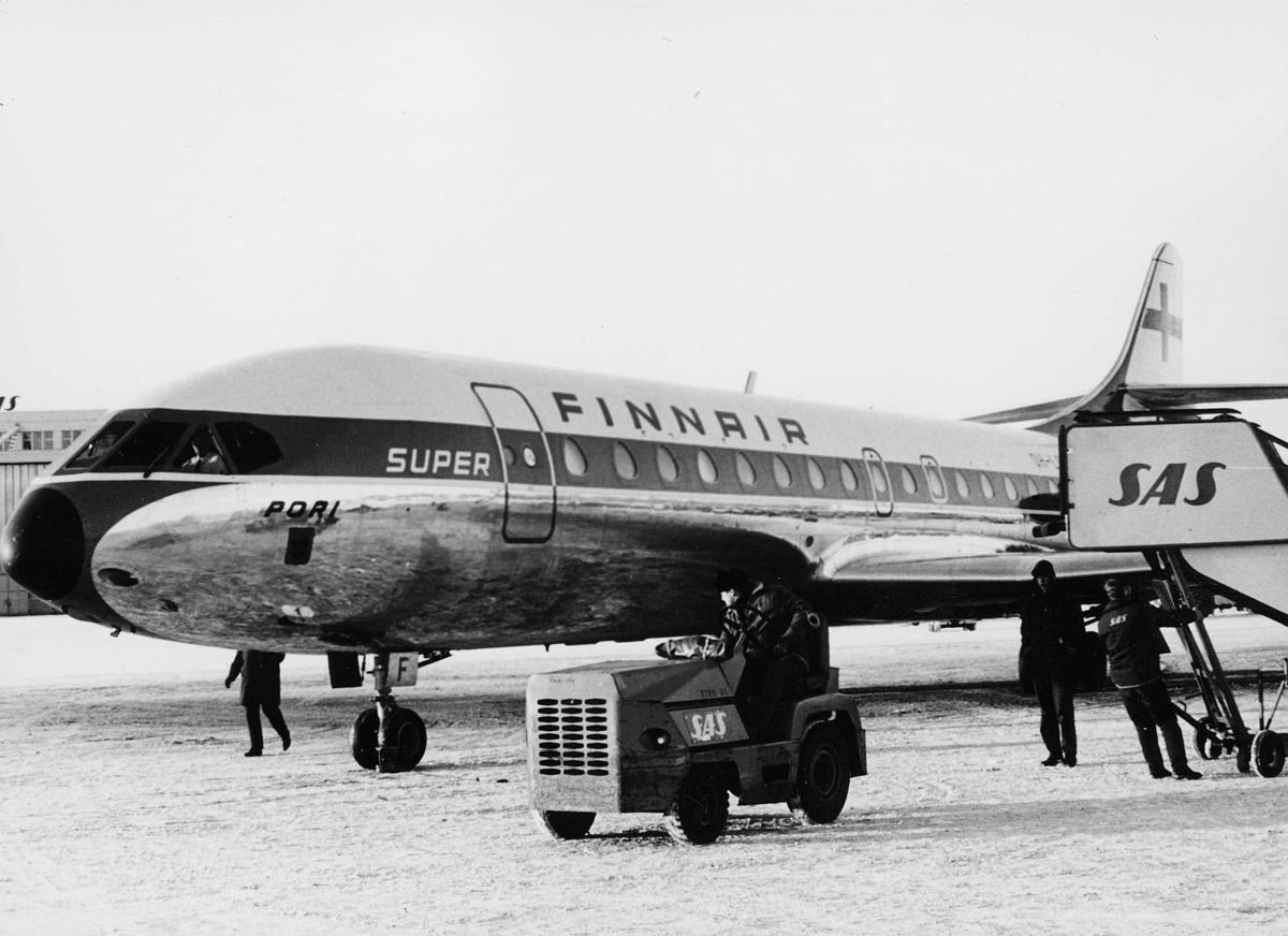 transport, fly, Oslo Lufthavn, SUPER FINNAIR SAS, på bakken