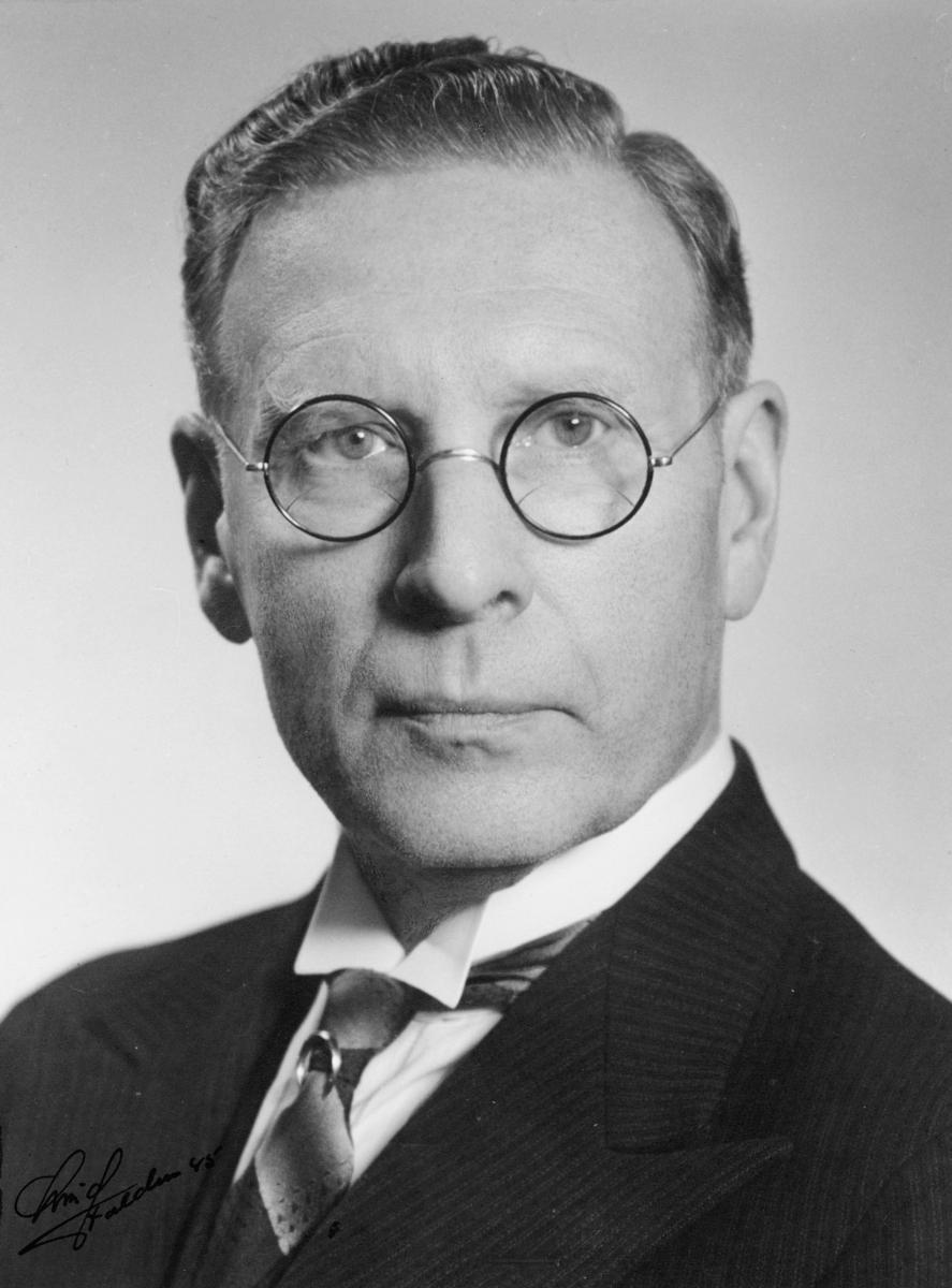 portrett, postmester, Nils Madsen Flornes