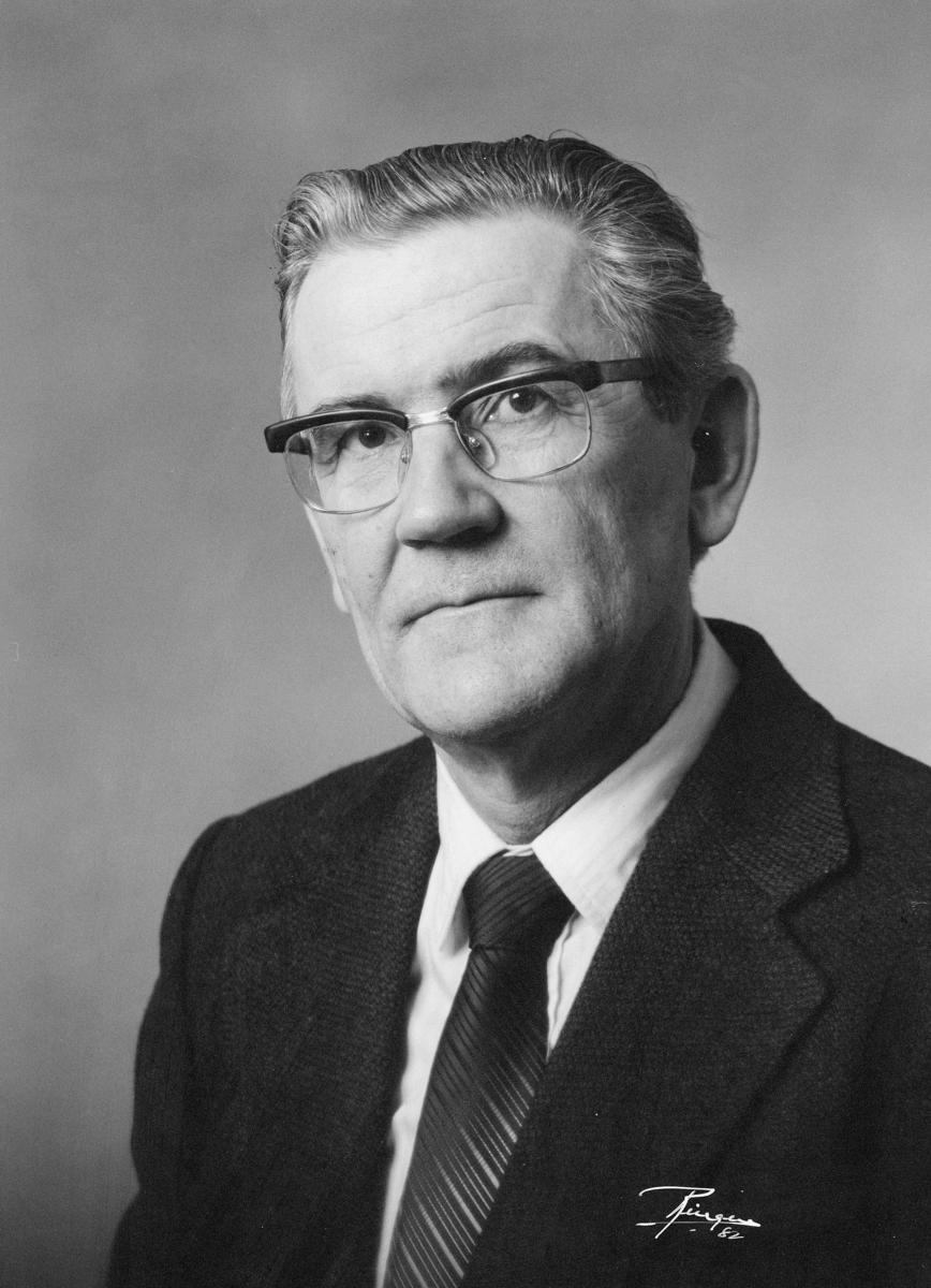 postmester, Kjos Reidar, portrett