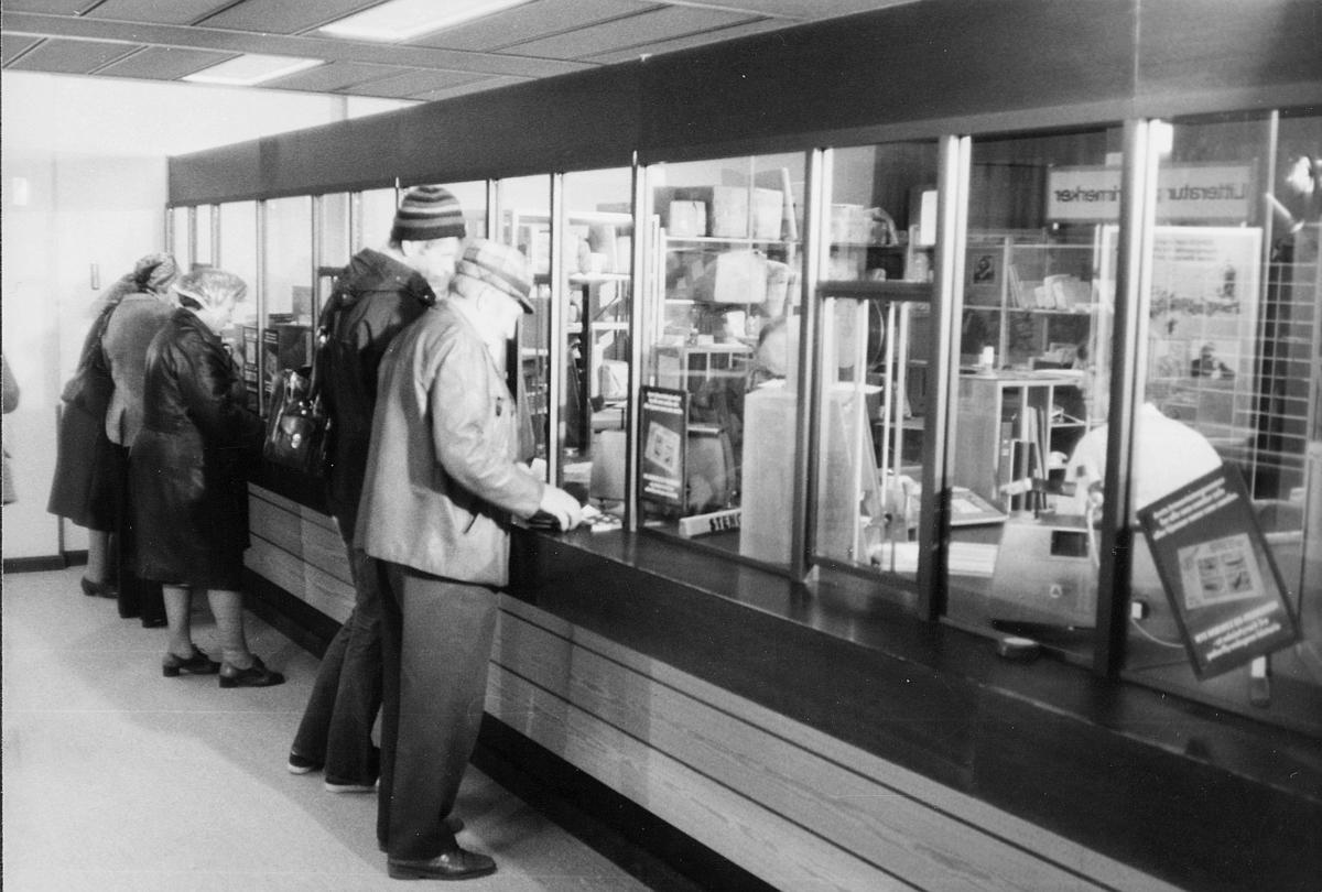 markedsseksjonen, salg av filateli, Johan Falkberget 100-års jubileum, postkontor, 7460 Røros