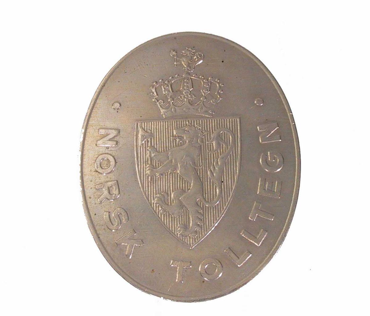 Riksvåpenet; løve med hellebard, krone.