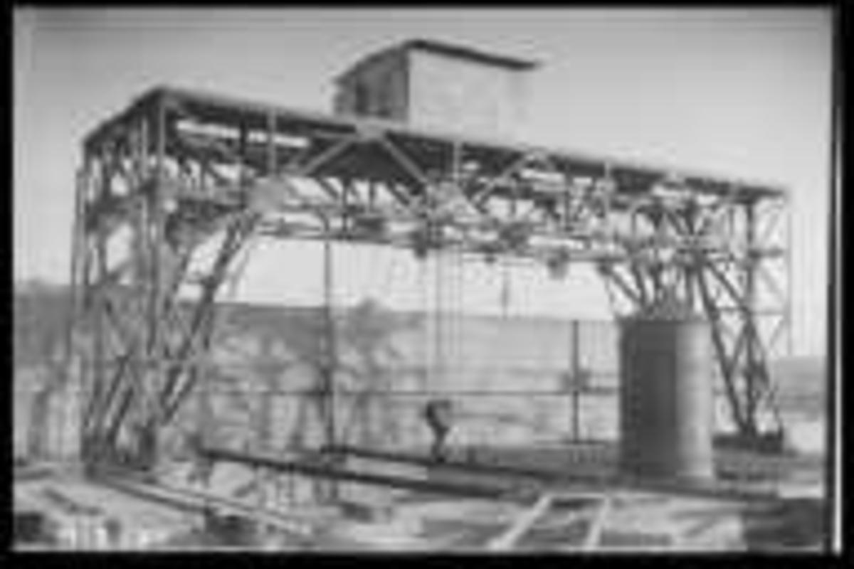 Arendal Fossekompani i begynnelsen av 1900-tallet CD merket 0468, Bilde: 4 Sted: Flaten Beskrivelse: Galgekran tønna
