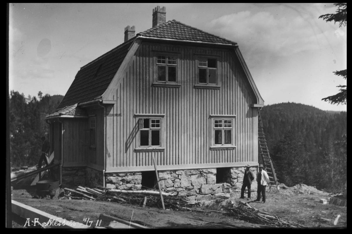 Arendal Fossekompani i begynnelsen av 1900-tallet CD merket 0470, Bilde: 5 Sted: Bøylefoss Beskrivelse: Hus nr. 12