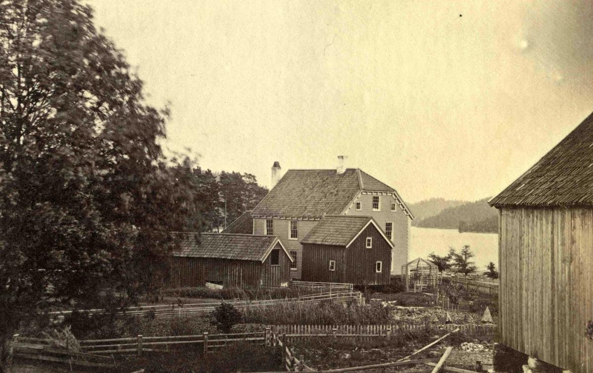 Fra John Ditlef Fürst fotoalbum. Frolands Jernverk - Kontorbygningen. Foto nr 116 -  AAks 44 - 4 - 7