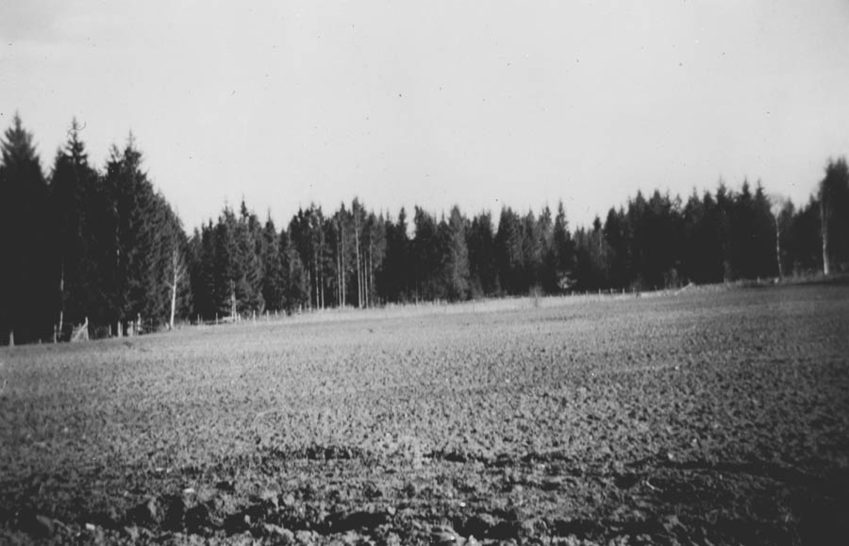 Blaahussletta, Idrettslagets gamle grusbane.