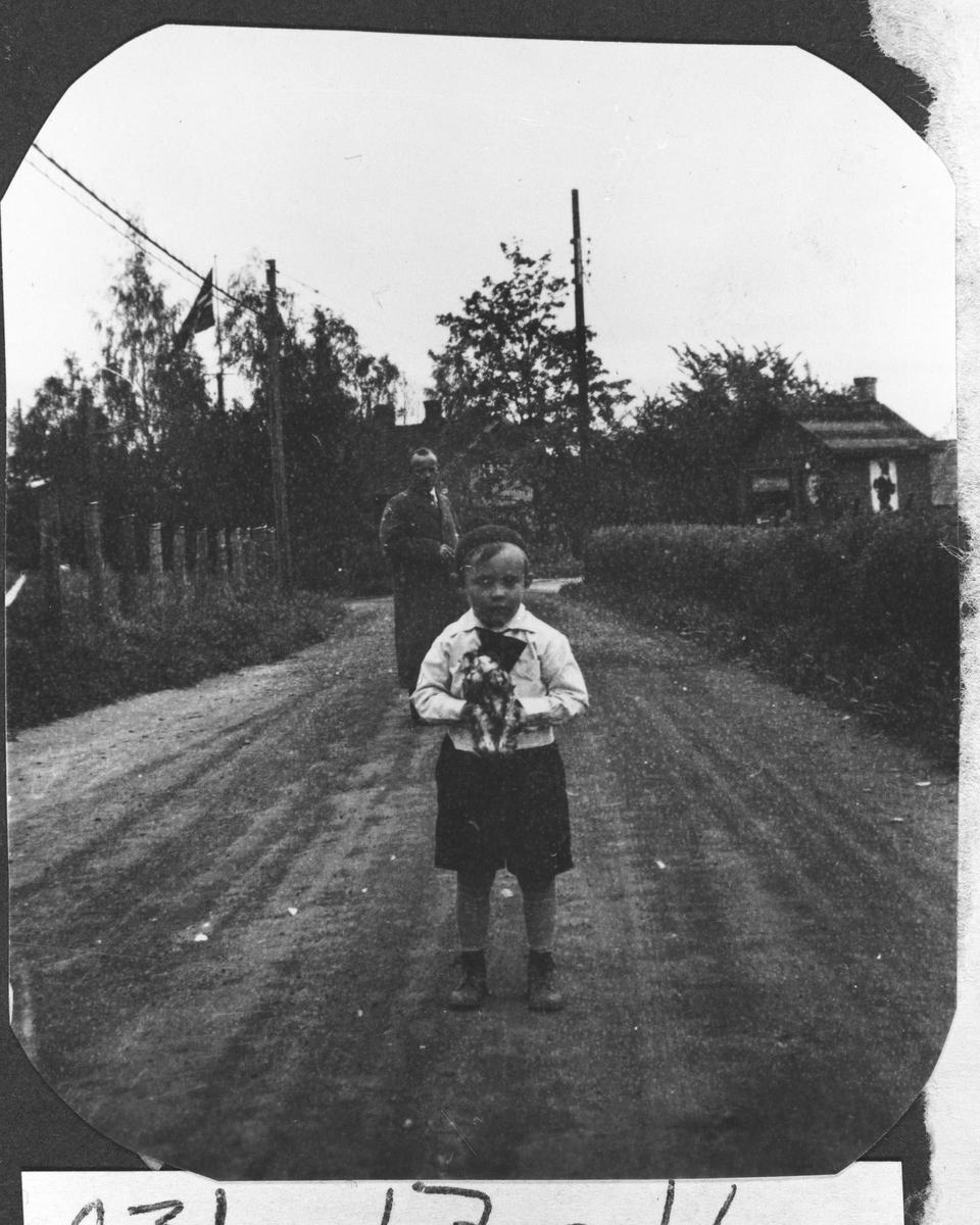 Arne Helmer Olsen og far Bjarne i Sagdalsvn.
